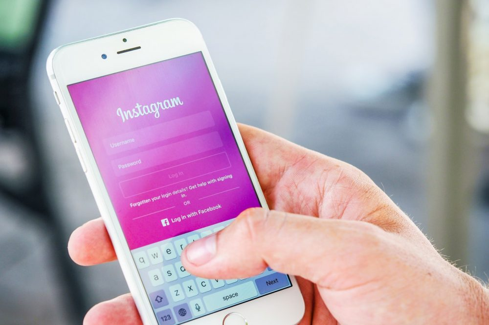 What's The Best Time of Day to Upload to Instagram?