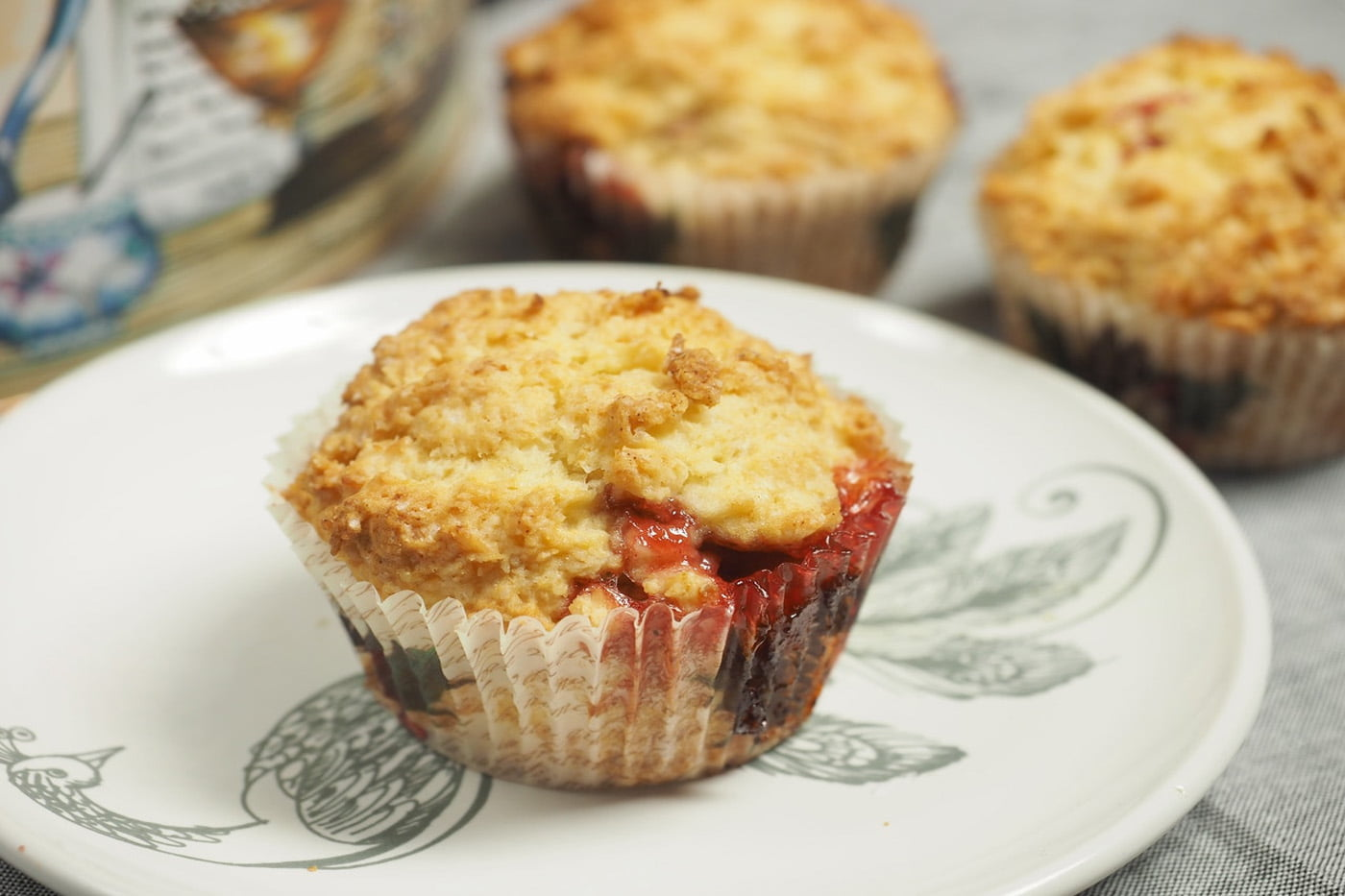 Peach Oaty Muffins with Crumbly Topping