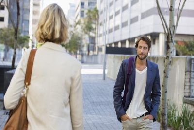 5 Things Men Do Instinctively If They're Into You