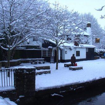 Oldest Pub Promises a Magical Christmas