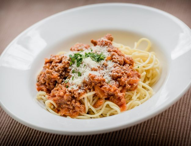 Freezer Friendly: Slow Cooker Spaghetti Bolognese