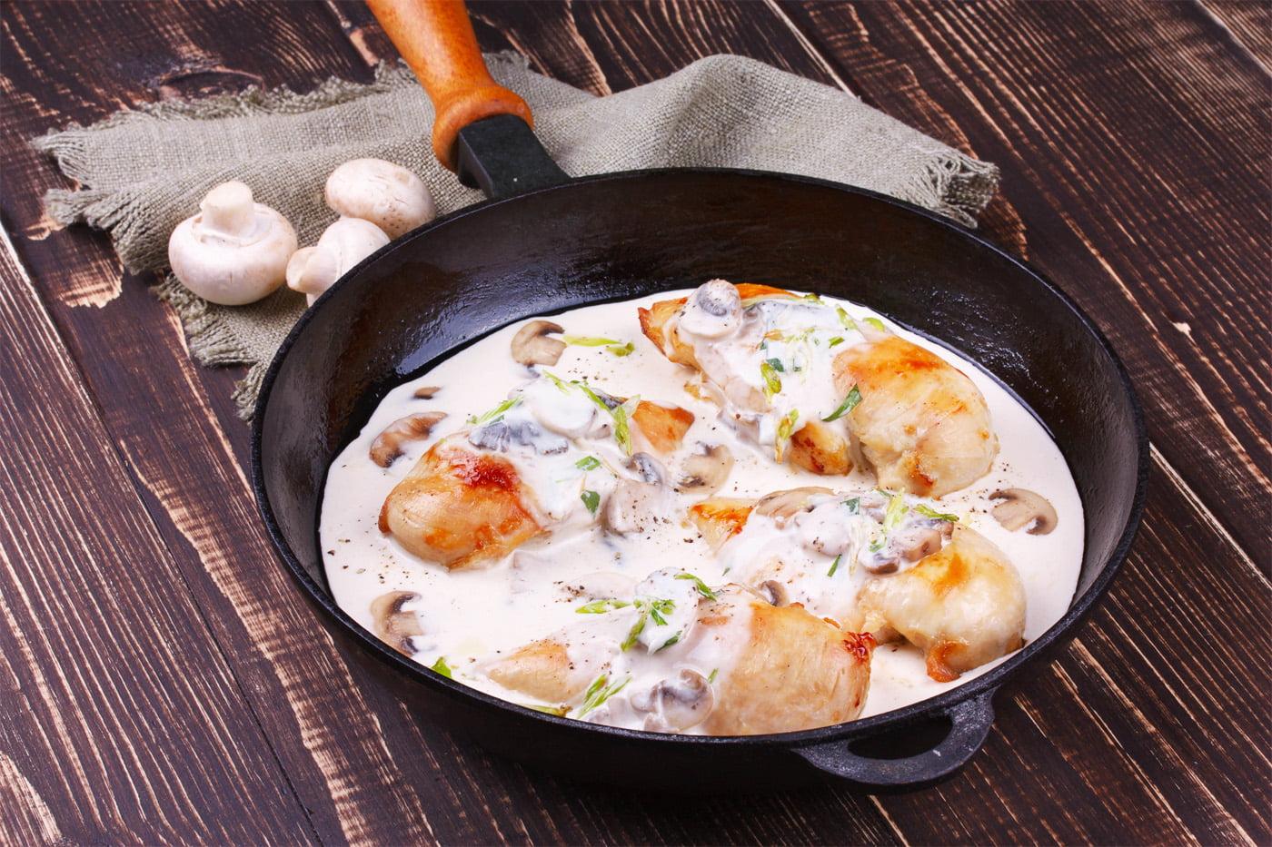 Classic French Bistro Cooking - Poulet à l'Estragon