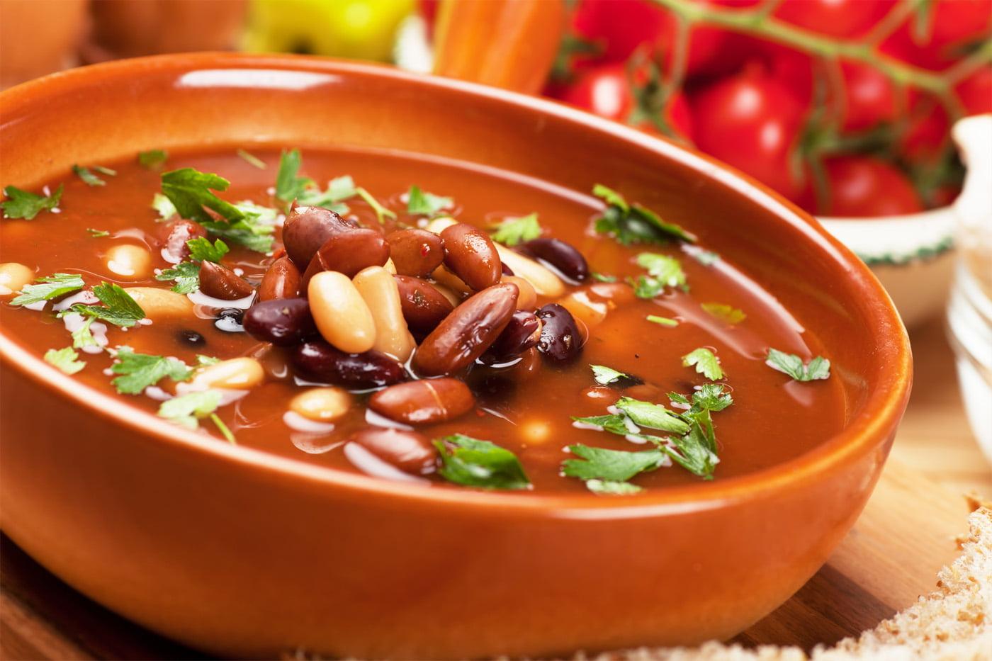 500 Calories or Less: Tomato, Bacon & Bean Soup