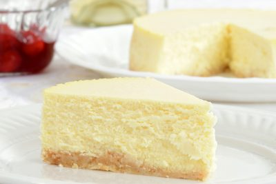 Creamy Slow Cooker Cheesecake