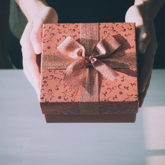 Gift Ideas For Her This Valentine's Day