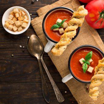 Classic Homemade Tomato & Chilli Soup